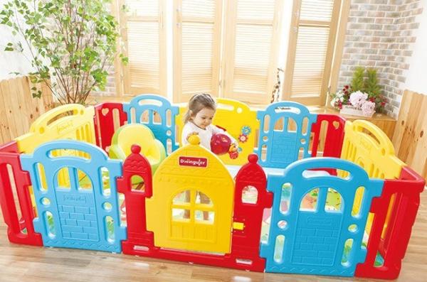 Как выбрать игровой дворик для своего ребенка