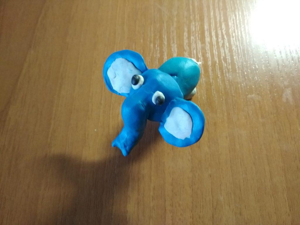 Как слепить слоника из пластилина