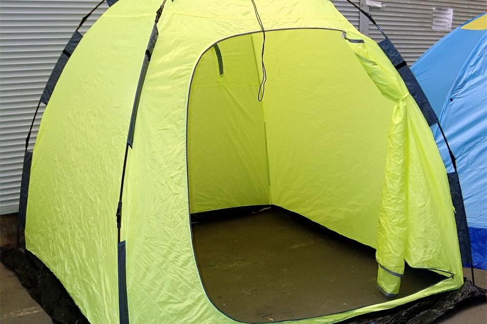 Как и в чем особенности палаток для рыбалки зимой