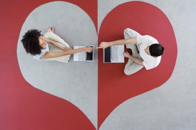 Как выбрать лучший сайт знакомств