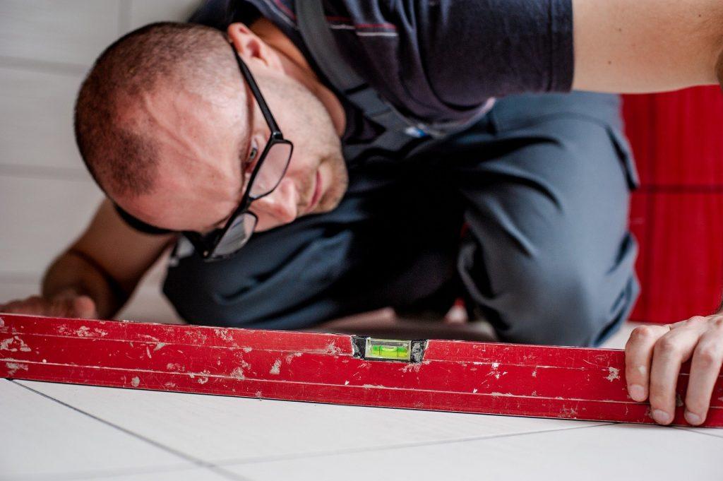 Как сделать качественный и недорогой ремонт в квартире