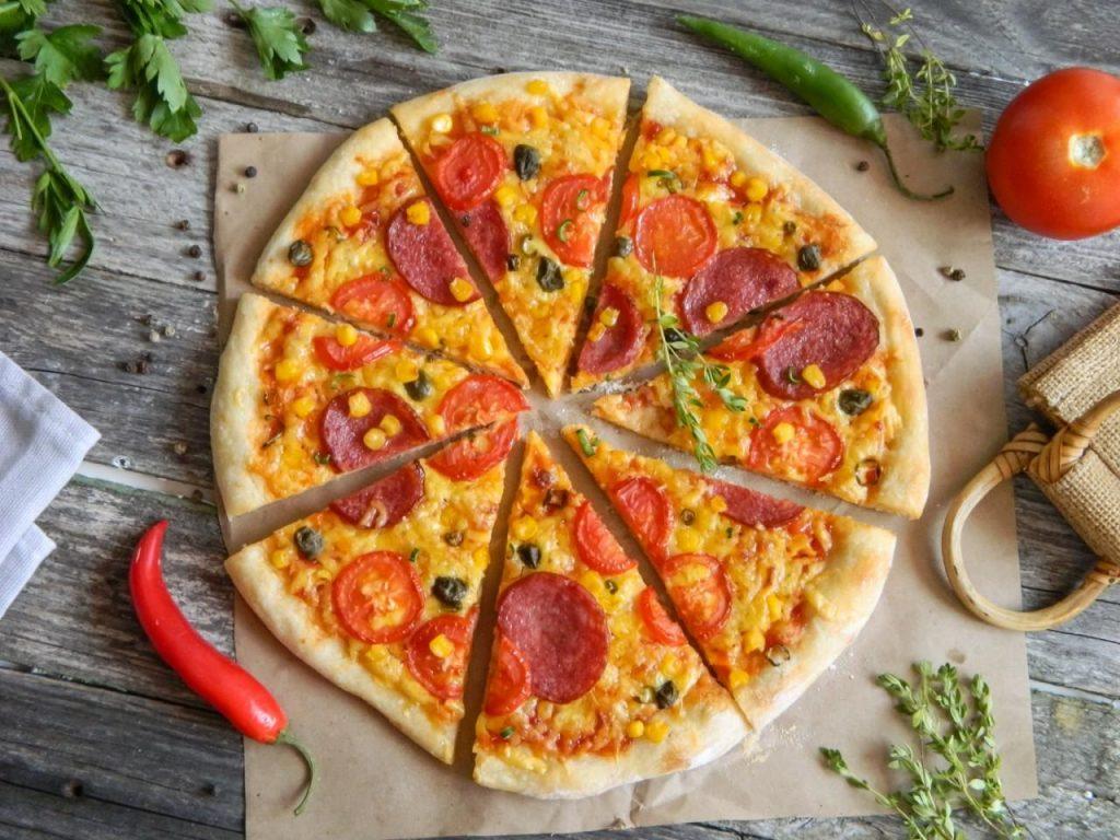 Как доставка пиццы на дом — услуга, популярная десятилетиями